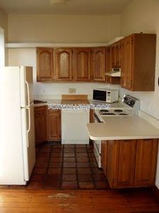 Fort Hill Apartment for rent 3 Bedrooms 2 Baths Boston - $3,245