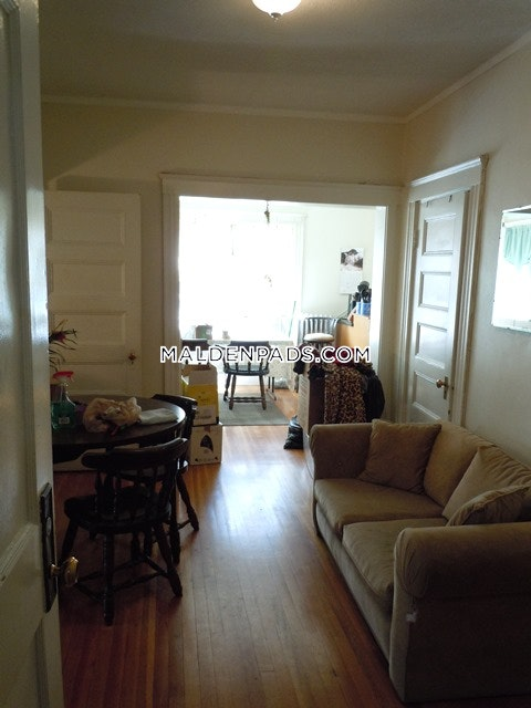 Beautiful Apartment Close to Everything! - Malden $2,075