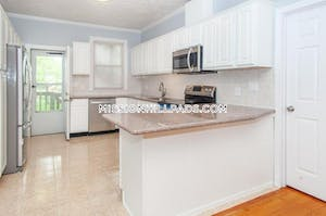 4 Beds 2 Baths - Boston - Roxbury $2,800